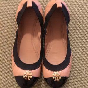 Tory Burch Shoes - Tory Burch black & tan Jolie flats Sz 8.5